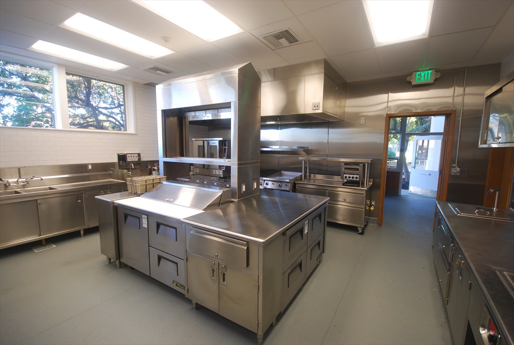 Sorensdale Community Center Kitchen G U T I E R R E Z A S S O C I A T E S